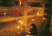 Οι κατακόμβες της Ιεράς Μονής
